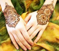 Mehndi style rakhi
